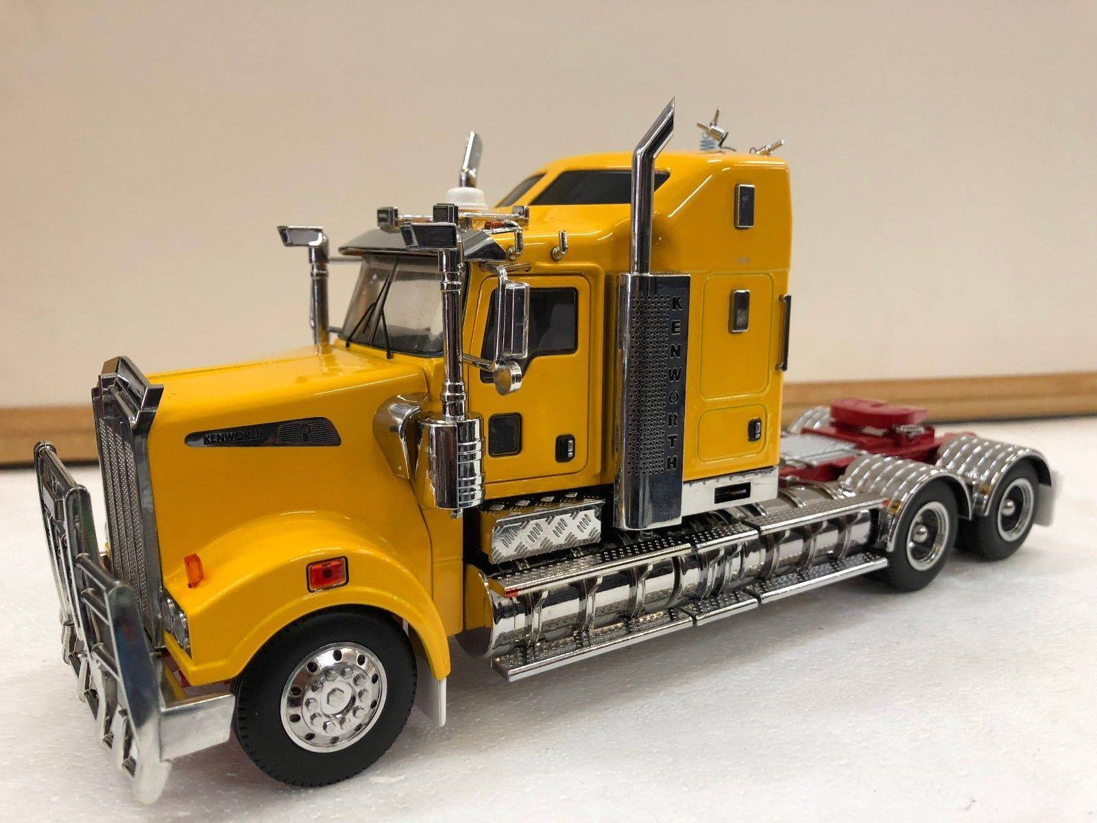 Kenworth T909 Cast