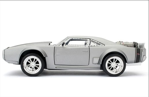 1:24 Fast & Furious Dom's Ice Charger